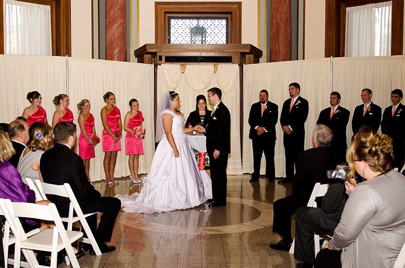 Rotunda_Waukesha_Wedding_CaitlinChad534