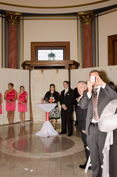 Rotunda_Waukesha_Wedding_CaitlinChad512