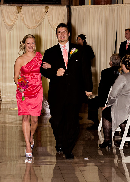 Rotunda_Waukesha_Wedding_CaitlinChad553