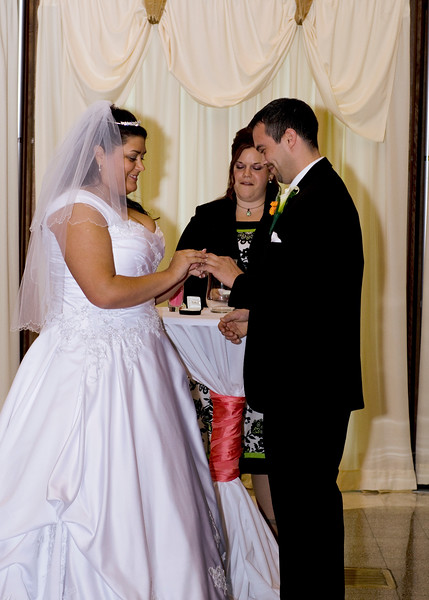 Rotunda_Waukesha_Wedding_CaitlinChad531