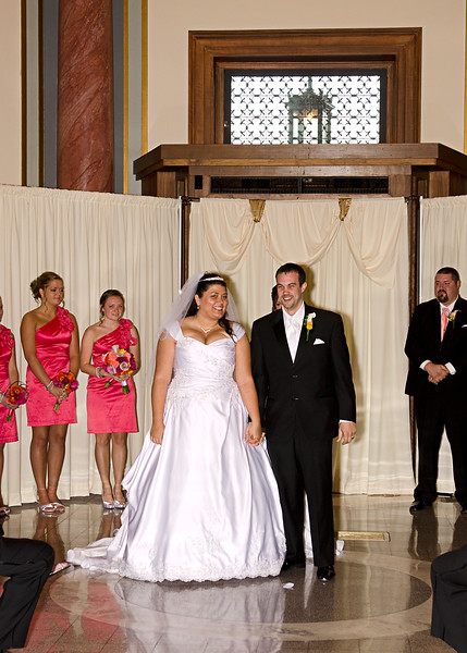 Rotunda_Waukesha_Wedding_CaitlinChad547