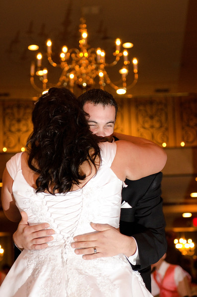 Rotunda_Waukesha_Wedding_CaitlinChad858