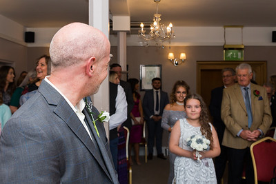 Phill Connell-IMG_3844-2-Samantha and Dave April 2019