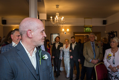 Phill Connell-IMG_3845-2-Samantha and Dave April 2019