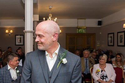 Phill Connell-IMG_3843-2-Samantha and Dave April 2019