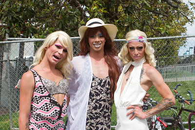drag queens in dolores park