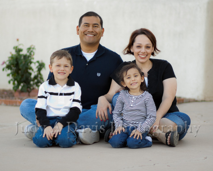 6704<br /> Santiago Family,  Natural Light Lifestyle Family Portraits, <br /> Judy A Davis Photography, Tucson, Arizona
