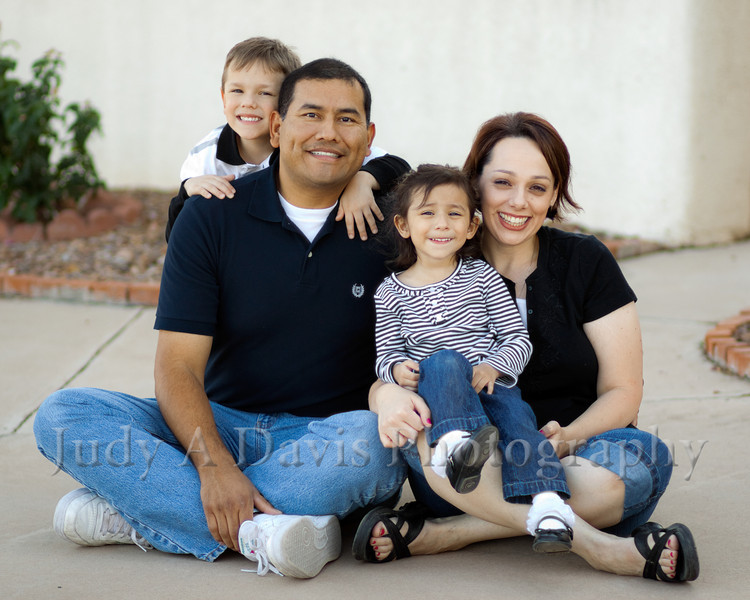 6716<br /> Santiago Family,  Natural Light Lifestyle Family Portraits, <br /> Judy A Davis Photography, Tucson, Arizona