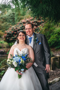 248-iNNOVATIONphotography-wedding-photographer-Swansea-Sarah-Gary-858148