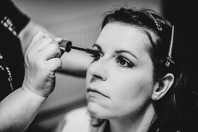 16-iNNOVATIONphotography-wedding-photographer-Swansea-Sarah-Gary-