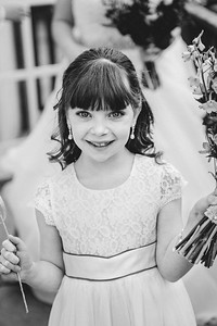 144-iNNOVATIONphotography-wedding-photographer-Swansea-Sarah-Gary-857647