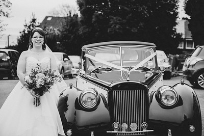 145-iNNOVATIONphotography-wedding-photographer-Swansea-Sarah-Gary-857654
