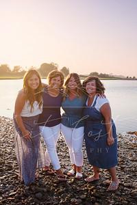 Mama+Sisters