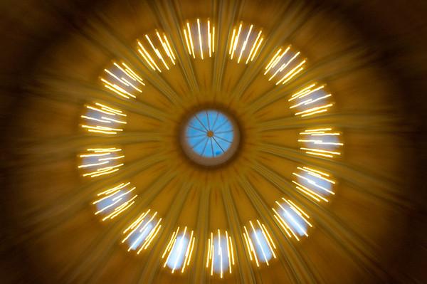 Rotunda zoom