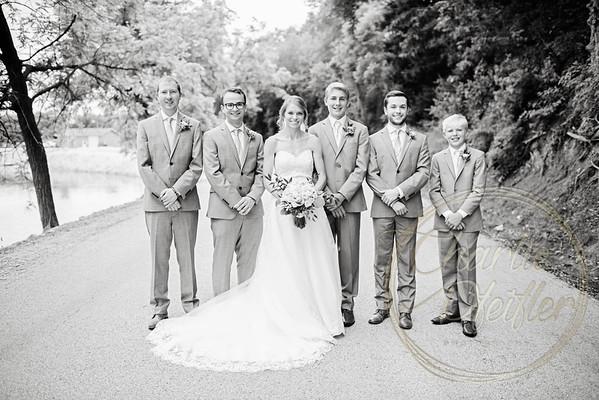 Kaelie and Tom Wedding 05C - 0107bw