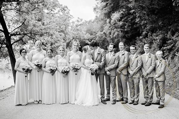 Kaelie and Tom Wedding 05C - 0006bw