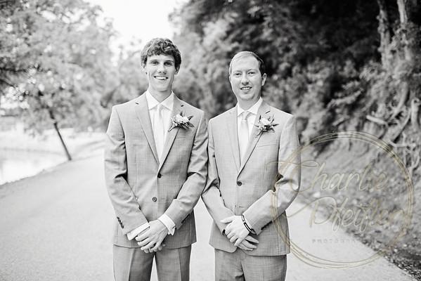 Kaelie and Tom Wedding 05C - 0098bw