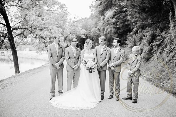 Kaelie and Tom Wedding 05C - 0110bw