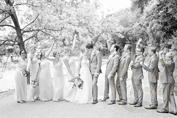 Kaelie and Tom Wedding 05J - 0006bw