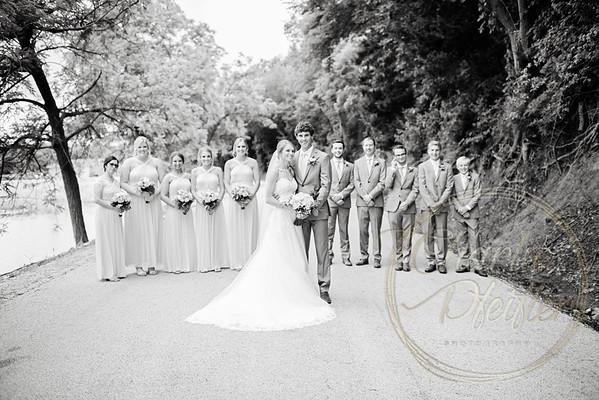 Kaelie and Tom Wedding 05C - 0023bw