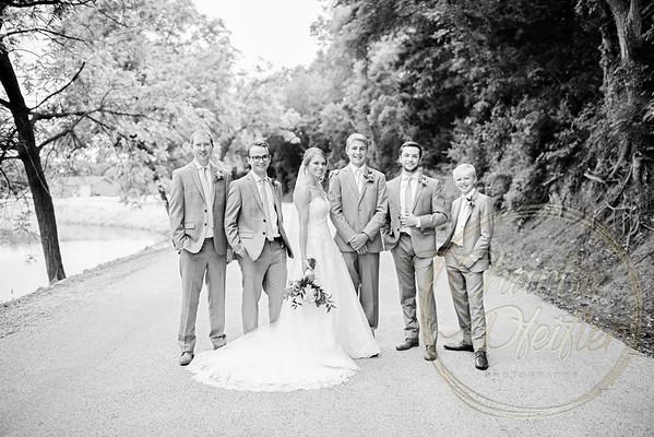 Kaelie and Tom Wedding 05C - 0116bw