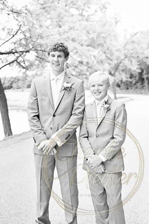 Kaelie and Tom Wedding 05J - 0043bw