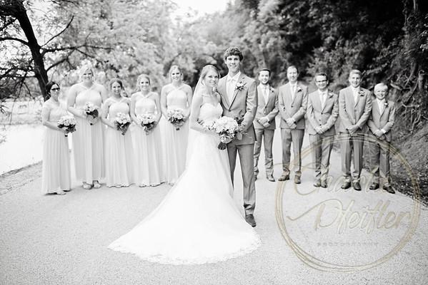 Kaelie and Tom Wedding 05C - 0019bw