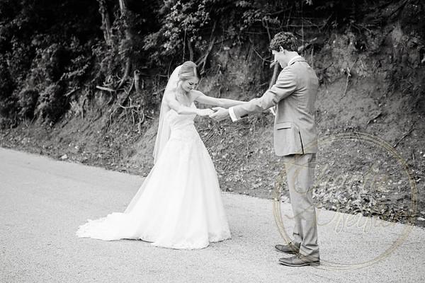 Kaelie and Tom Wedding 04C - 0022bw