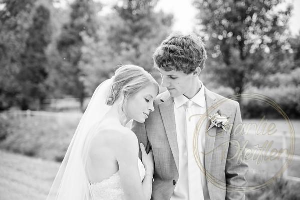 Kaelie and Tom Wedding 04J - 0054bw