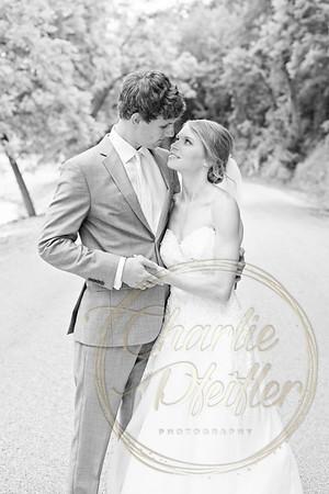Kaelie and Tom Wedding 04J - 0015bw