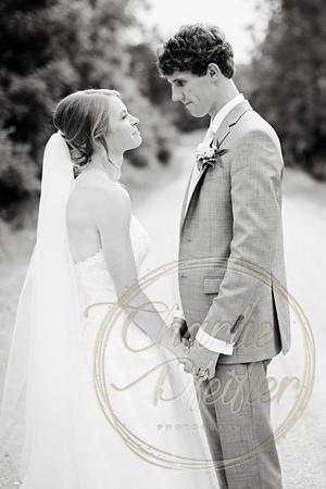 Kaelie and Tom Wedding 04C - 0113bw