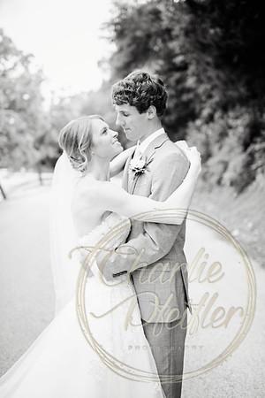 Kaelie and Tom Wedding 04C - 0146bw