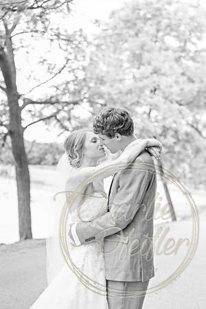 Kaelie and Tom Wedding 04J - 0024bw