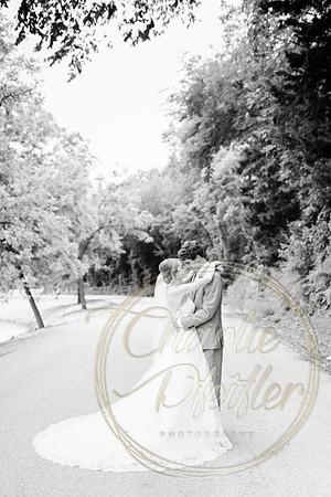 Kaelie and Tom Wedding 04C - 0148bw