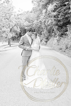 Kaelie and Tom Wedding 04J - 0016bw