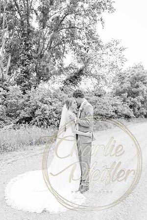 Kaelie and Tom Wedding 04J - 0062bw