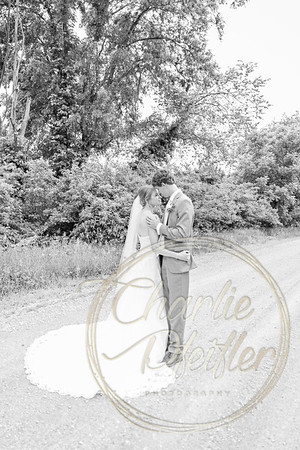 Kaelie and Tom Wedding 04J - 0061bw