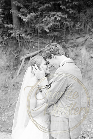 Kaelie and Tom Wedding 04J - 0009bw