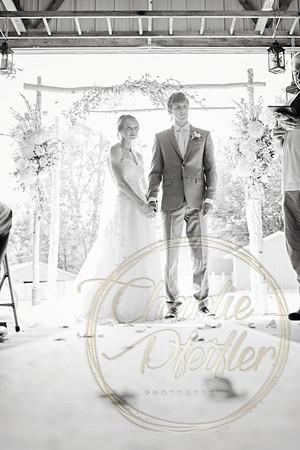 Kaelie and Tom Wedding 07C - 0052bw