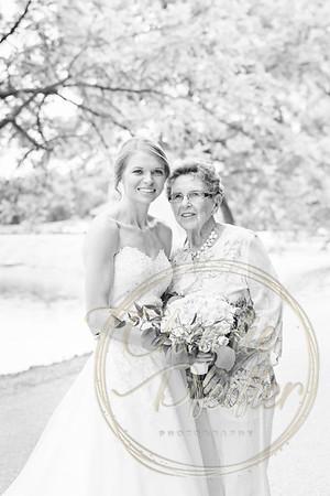 Kaelie and Tom Wedding 06J - 0020bw