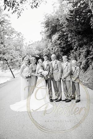Kaelie and Tom Wedding 06C - 0080bw