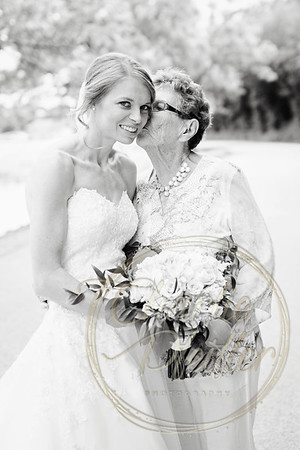 Kaelie and Tom Wedding 06C - 0050bw