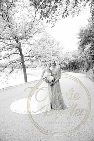Kaelie and Tom Wedding 06J - 0023bw