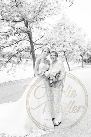 Kaelie and Tom Wedding 06J - 0018bw