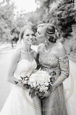Kaelie and Tom Wedding 06C - 0062bw