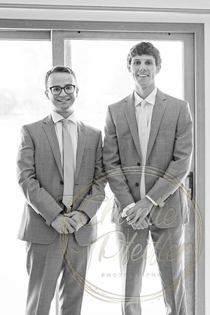 Kaelie and Tom Wedding 03J - 0034bw