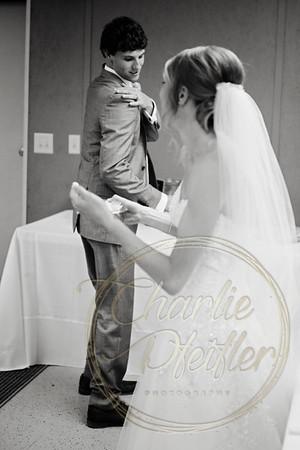 Kaelie and Tom Wedding 08C - 0060bw