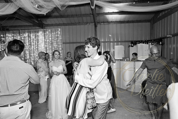 Kaelie and Tom Wedding 08J - 0159bw