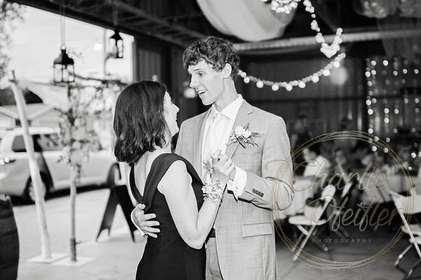 Kaelie and Tom Wedding 08C - 0141bw