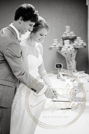Kaelie and Tom Wedding 08C - 0046bw